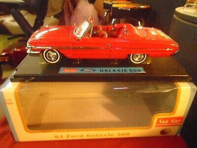 Sun Star 1964 Ford Galaxie 500 Convertible 1:18 Scale Diecast Model Car Red