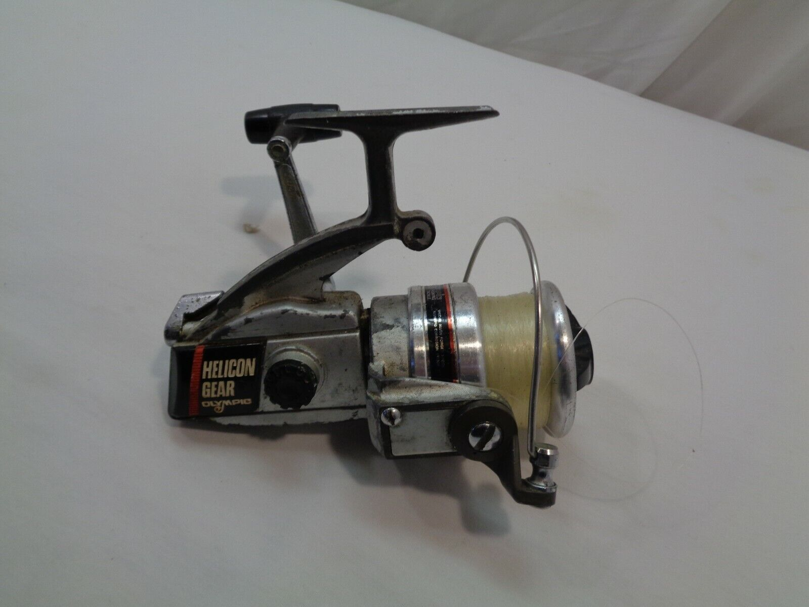 OLYMPIC HELICON GEAR LG-300VO SPINNING FISHING REEL  - $6.99