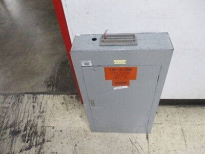 Westinghouse Main Lug Circuit Breaker Panel Cg-15706 42-slot 225a Max 3ph 4w