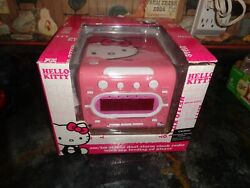 HELLO KITTY Stereo CD Player AM/FM Dual Alarm Clock Radio Model Sanrio