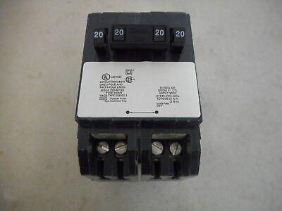 Square D Homt2020220 Tandem Circuit Breaker