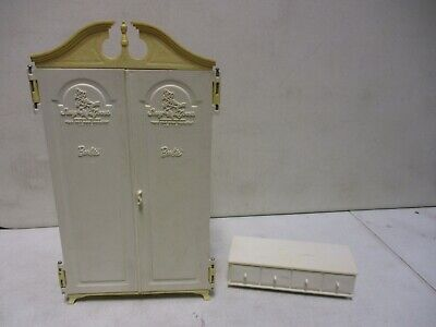 1963 Barbie Wardrobe and Dresser