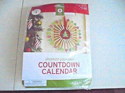 Christmas Countdown Advent Calendar Clothespins Craft Kit NEW