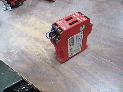 Allen Bradley Guardmaster - Allen-Bradley Guardmaster MSR310P Safety Relay 440R-W23219 Used