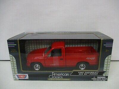 Motor Max American Classics 1992 Chevrolet 454 SS Pickup 1/24