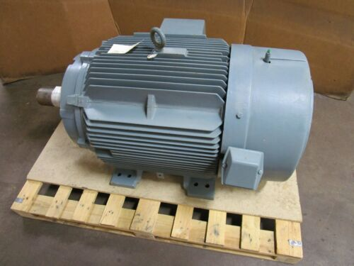 SIEMENS RGZEESD 125HP ELECTRIC MOTOR 460V 3PH 1785RPM 143.0A B444 T FRAME