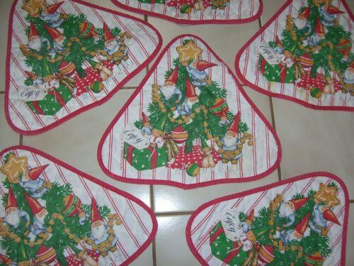 (6) Vintage Unieboek  1979 Christmas Place Mats Gnome Santas Triangle Shape