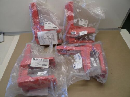 LOT OF 4 NEW IN PACK BRADY 4-LEGGED BALL VALVE LOCKOUT #45345 / BS08A-RED
