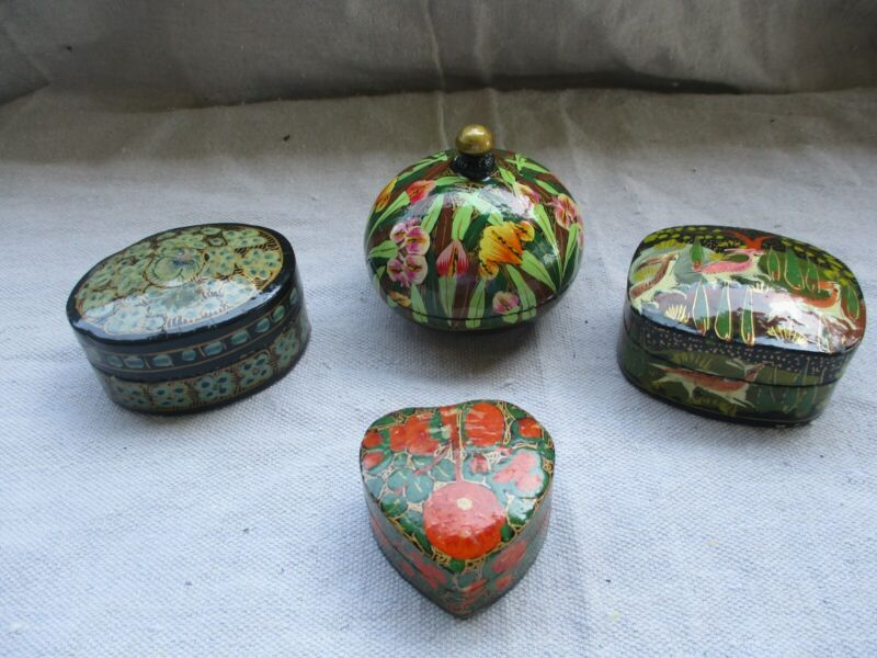 Vintage Lot Of 4 Beautiful Laquered Paper Mache Trinket Boxes