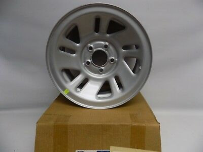 New OEM 1998-2001 Ford Explorer 14X7 Silver Steel Wheel
