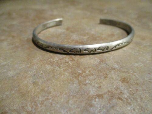 FINE Vintage Navajo Sterling Silver Stamped NINE BEARS Bracelet