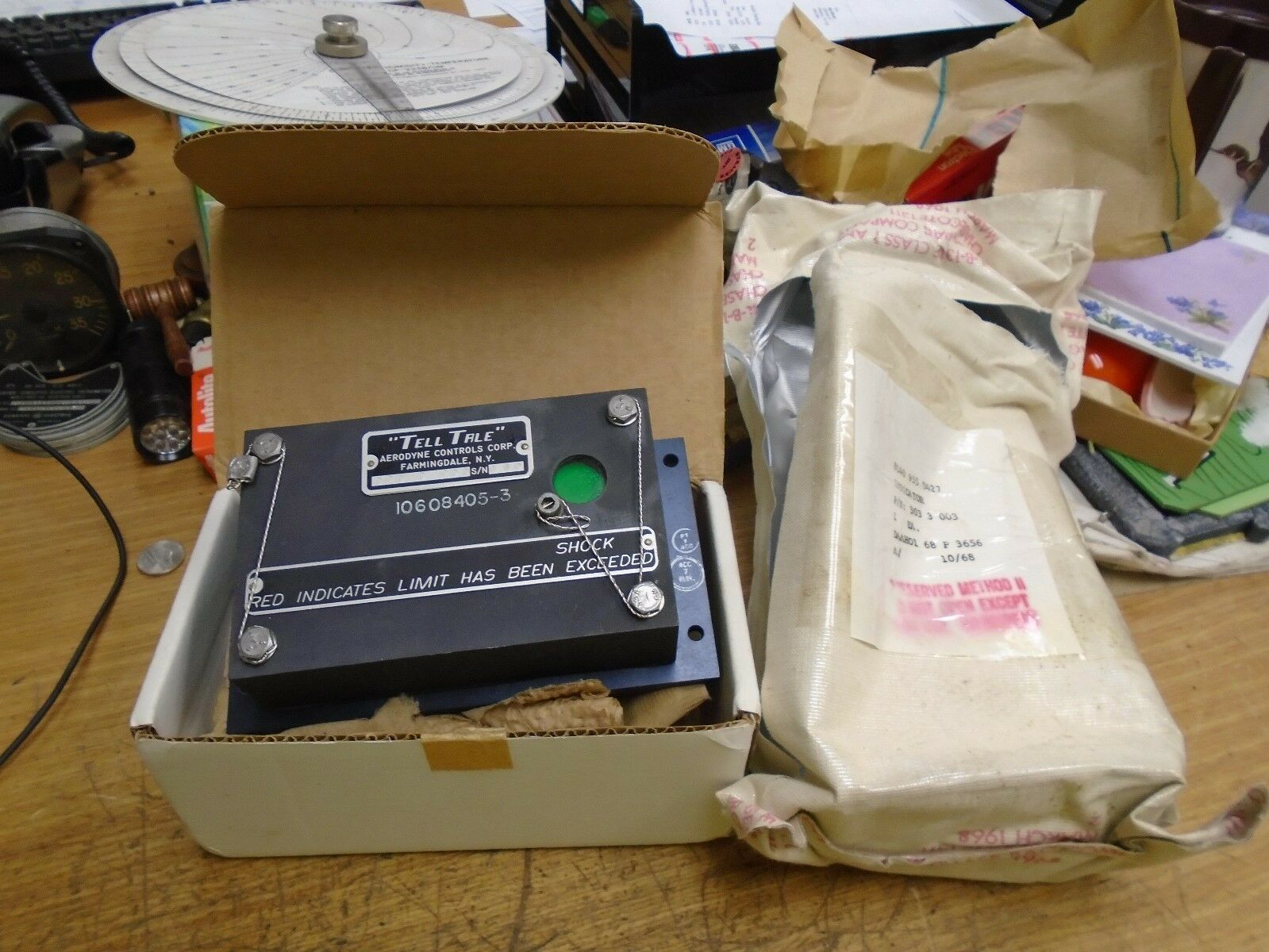 """NOS new old stock Aerodyne Control """"Tell Tale"""" Aircraft shock limit indicator"""