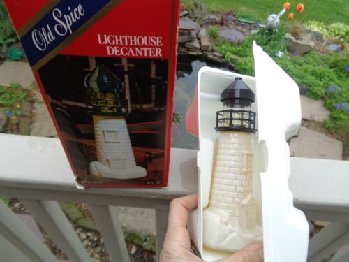 VINTAGE OLD SPICE LIGHTHOUSE DECANTER AFTER SHAVE SPLASH 6 FL OZ. w BOX