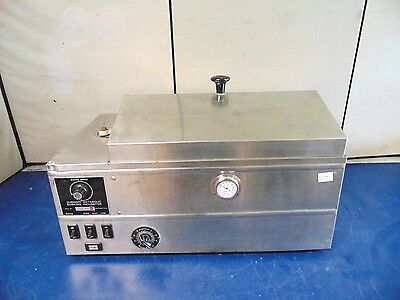 Precision Scientific Dubnoff Metabolic Shaking Incubator R277x
