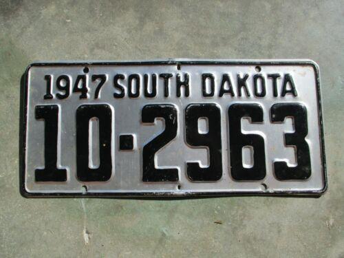 South Dakota 1947 license plate #  10 - 2963
