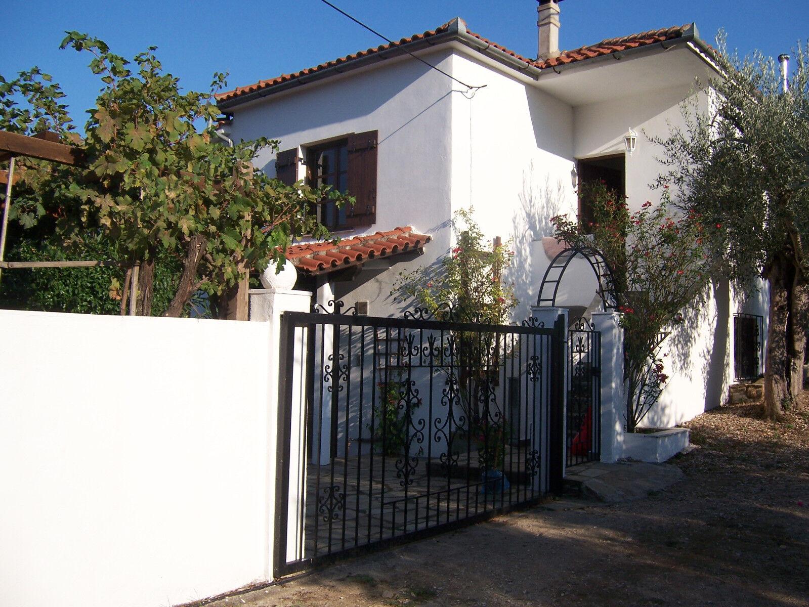 Wohn-/Ferienhaus Griechenl. Bucht von Volos gegenüber dem Pilion sofort beziebar