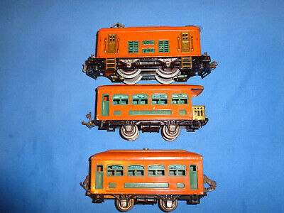 Lionel #248 0-4-0 Electric Locomotive with #629 & #630 Passenger Cars. Runs Well