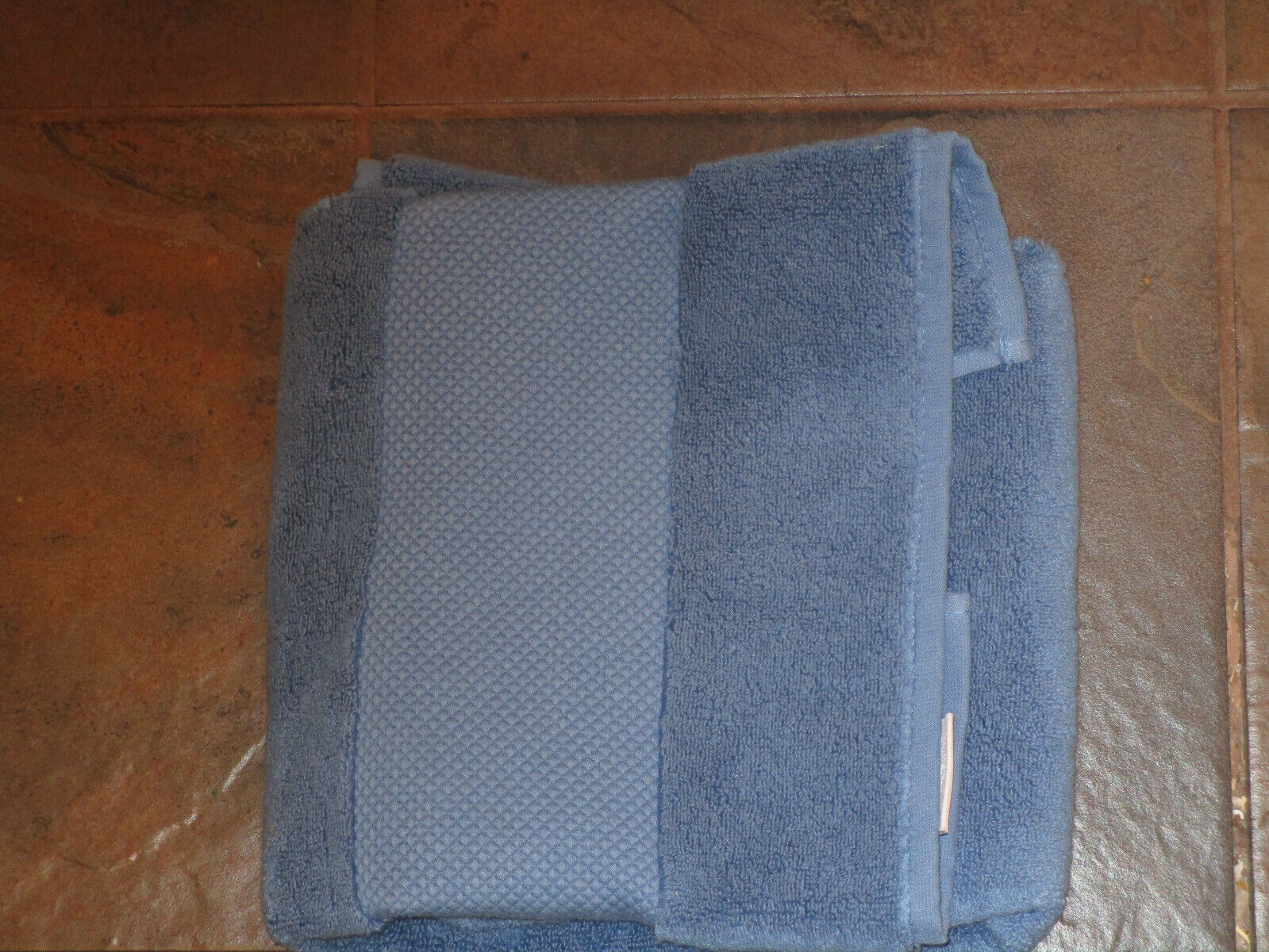 FRONTGATE RESORT TURKISH COTTON FRENCH BLUE HAND TOWEL  NEW