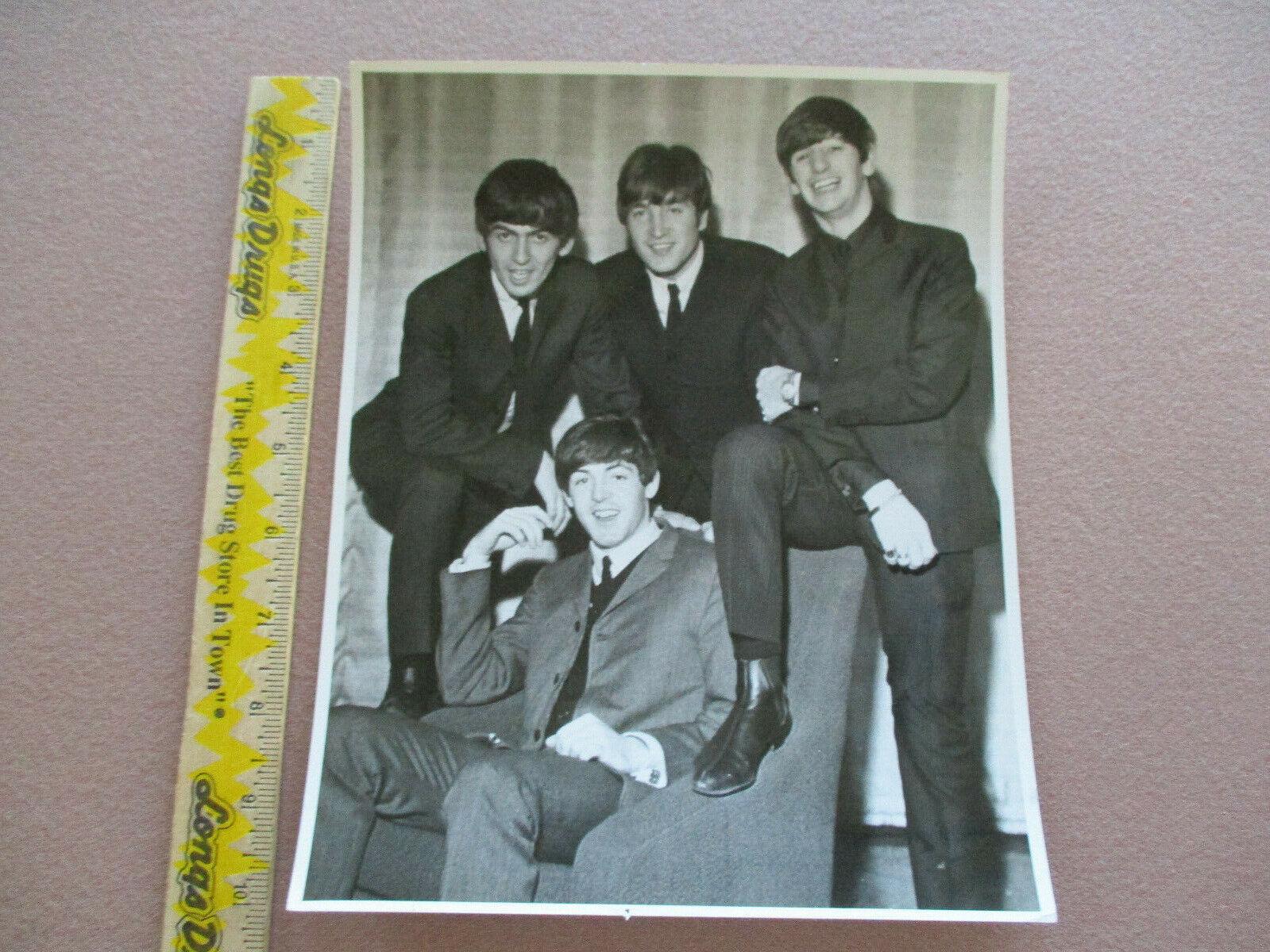 The Beatles - Capitol Records Photographic Studio 8 X 10 Photo File #10816-4 $25