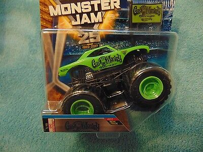 Gas Monkey 2017   Hot Wheels Monster Jam Truck  With Flag