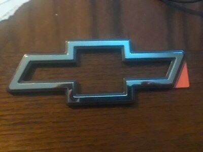 NEW Genuine GM Chevrolet BOW TIE Emblem Silver / Chrome with Black Outline