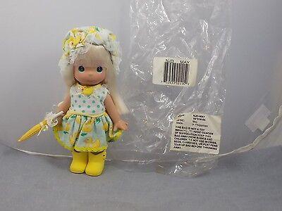 2007MAY Precious Moments MONTHLY MOMENT Vinyl Doll Yellow Rain Boots Umbrella