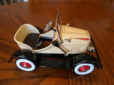 Hallmark 1929 Steelcraft Roadster Pedal Kiddie Car Classics Diecast Metal Used Classic Metal Pedal Car