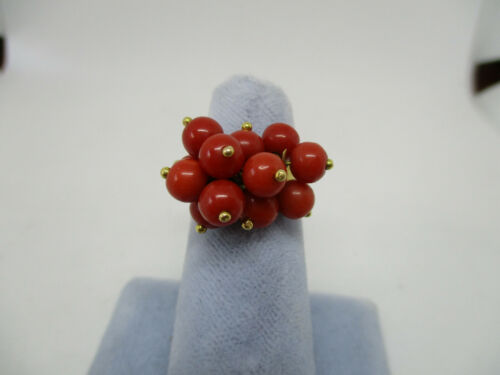 Vintage Mediterainian18K Yellow Gold Ox Blood  Red Coral Dangle Corletto  Ring