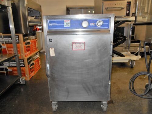 Wittco 1826-5 Commercial Half Size Holding & Transport Cabinet