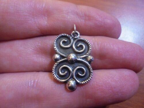 Vtg Sterling silver spiral charm pendant 4.1 grams