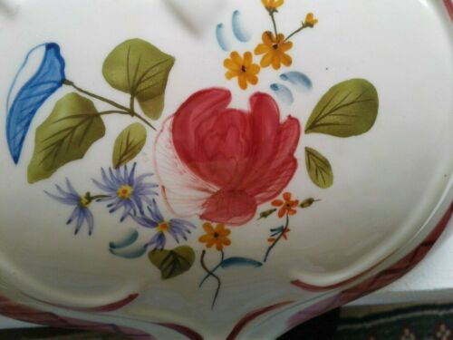 Ceramic ~~  Victorian Style ~Floral  ROSE WALL POCKET