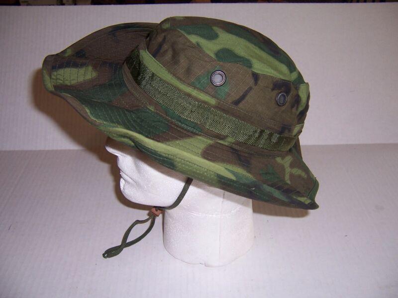 New genuine Vietnam war camouflage boonie tropical hat cap 1969 date made USA
