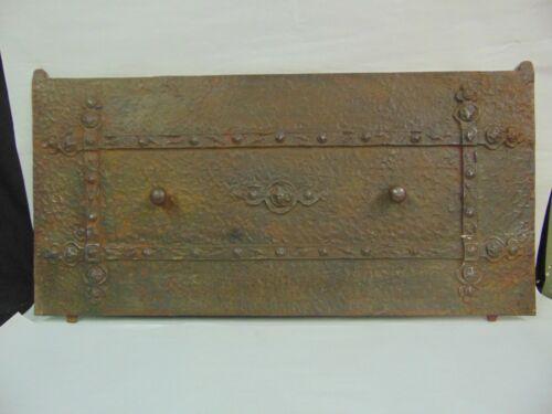 """ANTIQUE HAMMERED CAST IRON STOVE OVEN LID DOOR GOTHIC 26 1/2"""" X 12 3/4"""""""