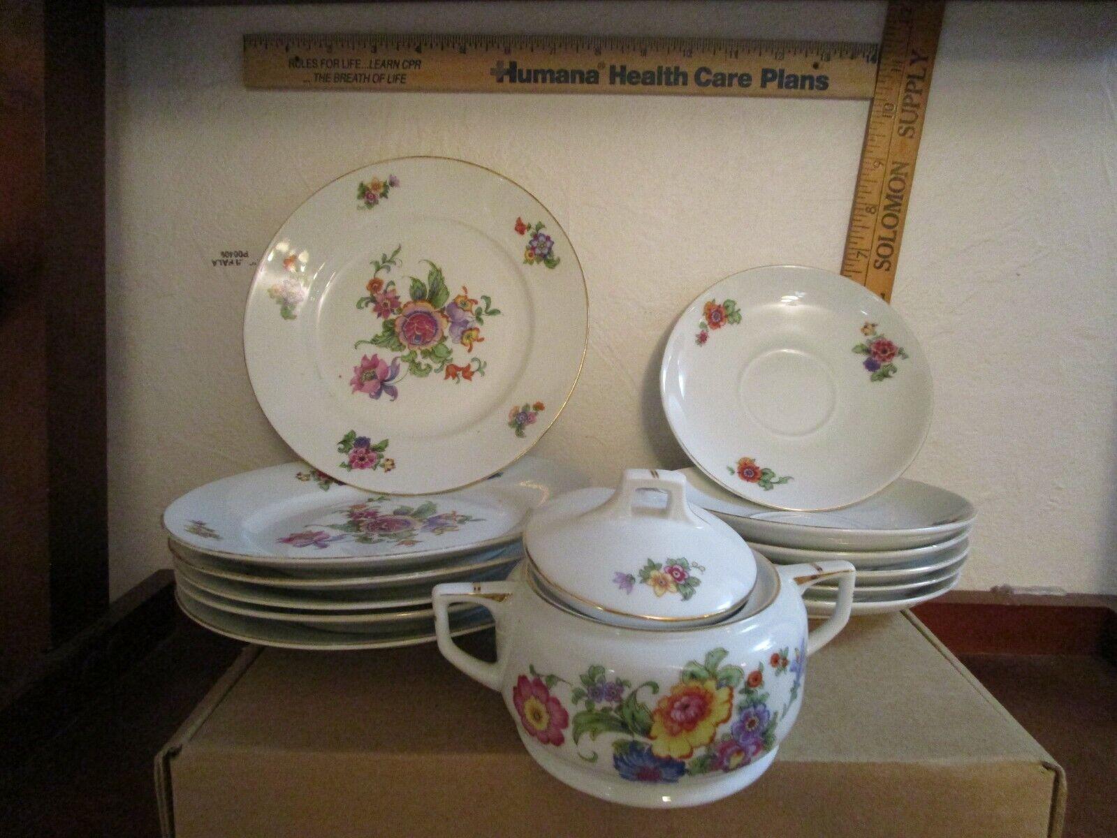 14 Piece Set Original Bloch Co. Eichwald Dinner Plates And Sugar Dish - $20.00