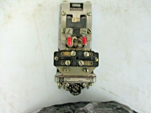 GENERAL ELECTRIC PNEUMATIC TIME DELAY RELAY SER A CRS820B