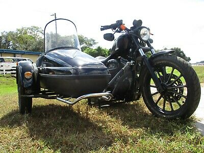 2005 Harley-Davidson Sportster  2005 Harley Davidson Sportster 883 WITH Velorex Side Car
