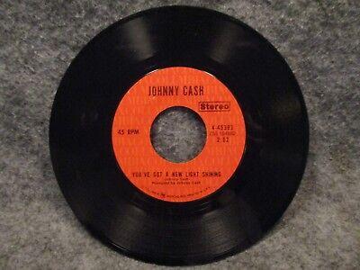 "45 RPM 7"" Record Johnny Cash Singing In Viet Nam Talking Blues Columbia 4-45393"