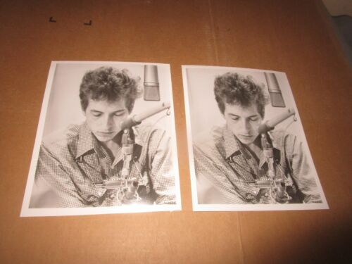 Bob Dylan 8X10 Pro Photo Lot (2) For The Essential Bob Dylan