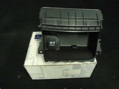 Genuine Mercedes Benz W176 A Class Centre Console Storage Ashtray A17668001509H4