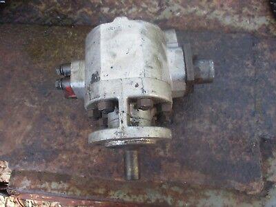 1958 Ford 1841 Diesel Tractor Hydraulic Pump Free Shipping