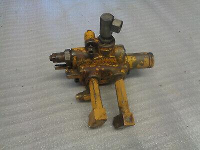 John Deere 440 420 Crawler Dozer. Hydraulic Valve.