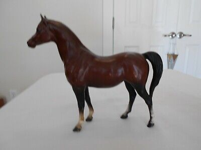 Vintage Breyer Traditional Model Horse Arabian Mahogany Bay Mare White Socks