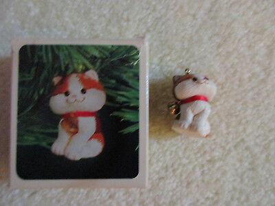 """Hallmark Keepsake """"Christmas Kitten"""" ornament 1982 with box"""
