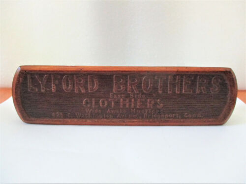 Antique Wood Shoe/Clothes Brush LYFORD Brothers Bridgeport CT WIDE AWAKE HUSTLER