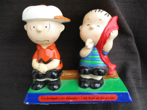 VINTAGE 1970s JAPAN DETERMINED PAPER MACHE PEANUTS FIGURINE CHARLIE BROWN LINUS