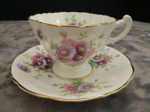HAMMERSLEY BONE CHINA ENGLAND 4149 DAINTY FOOTED CUP & SAUCER PURPLE & PINK MUMS