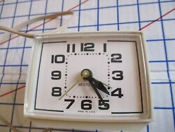 EXC! Vntg WESTCLOX Analog Beige Small Lucite Electric Alarm Clock/Tested/USA