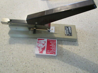Vtg Bostitch Heavy Duty Stapler Model B300 Wheavy Duty Staples