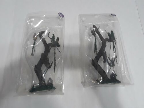 """Lot Of 2 LEMAX  Spooky Town """"Tombstone Tree"""" Rare"""