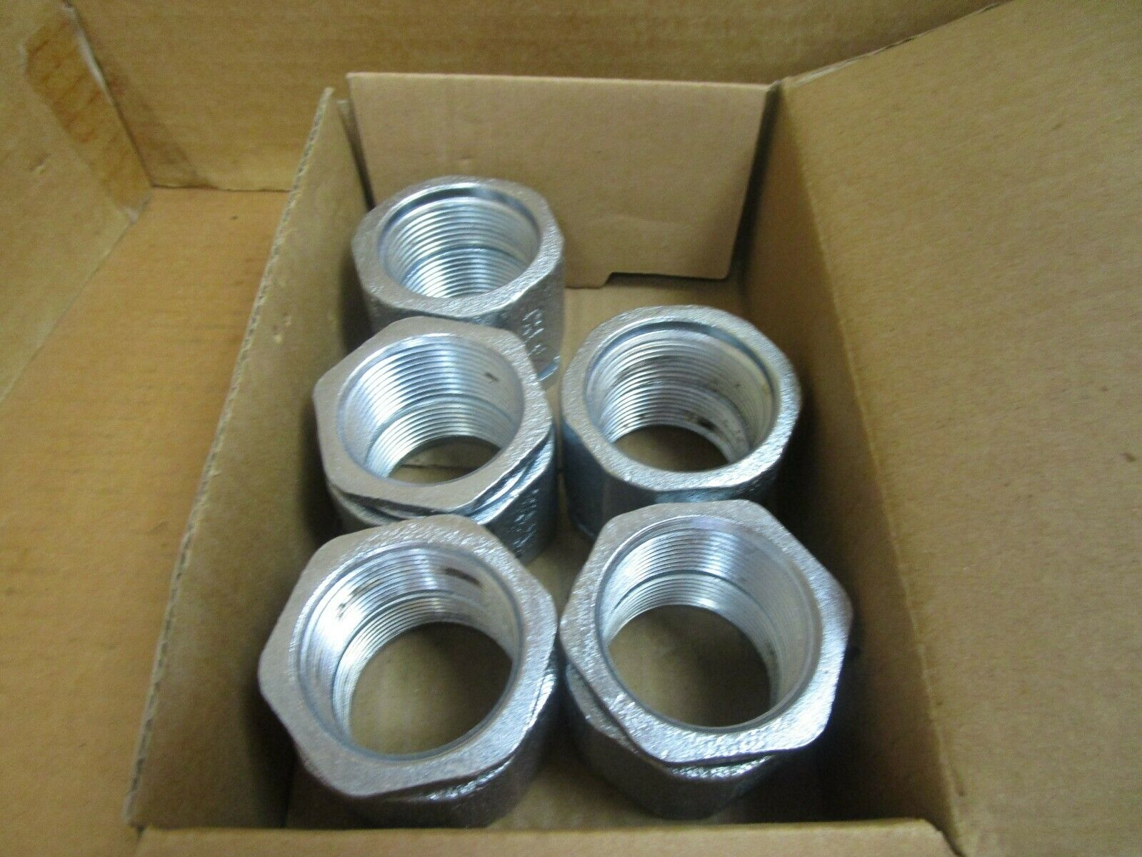 """Crouse Hinds 3-Piece Conduit Coupling 193 1-1/4"""" NPT Lot of 5 New"""